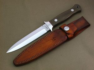 Large Dagger N960 Green Canvas Micarta